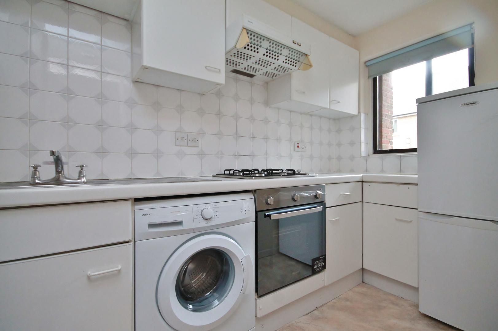 1 bed flat for sale in Manchester Road  - Property Image 7