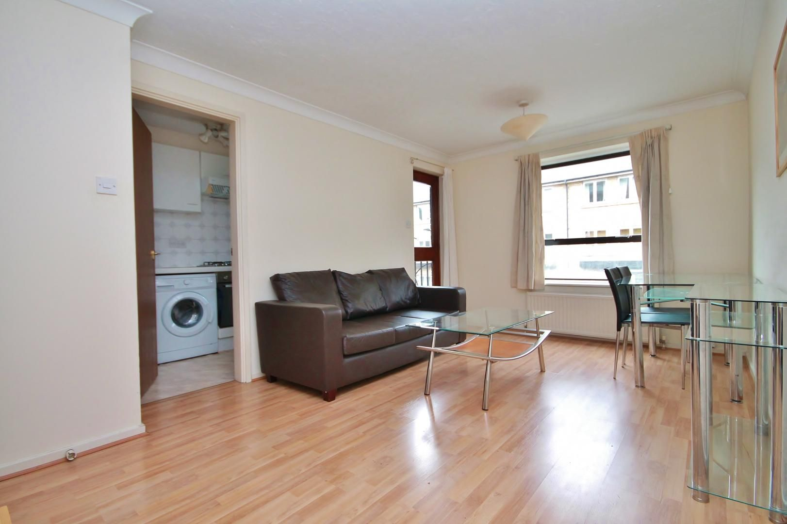 1 bed flat for sale in Manchester Road  - Property Image 8