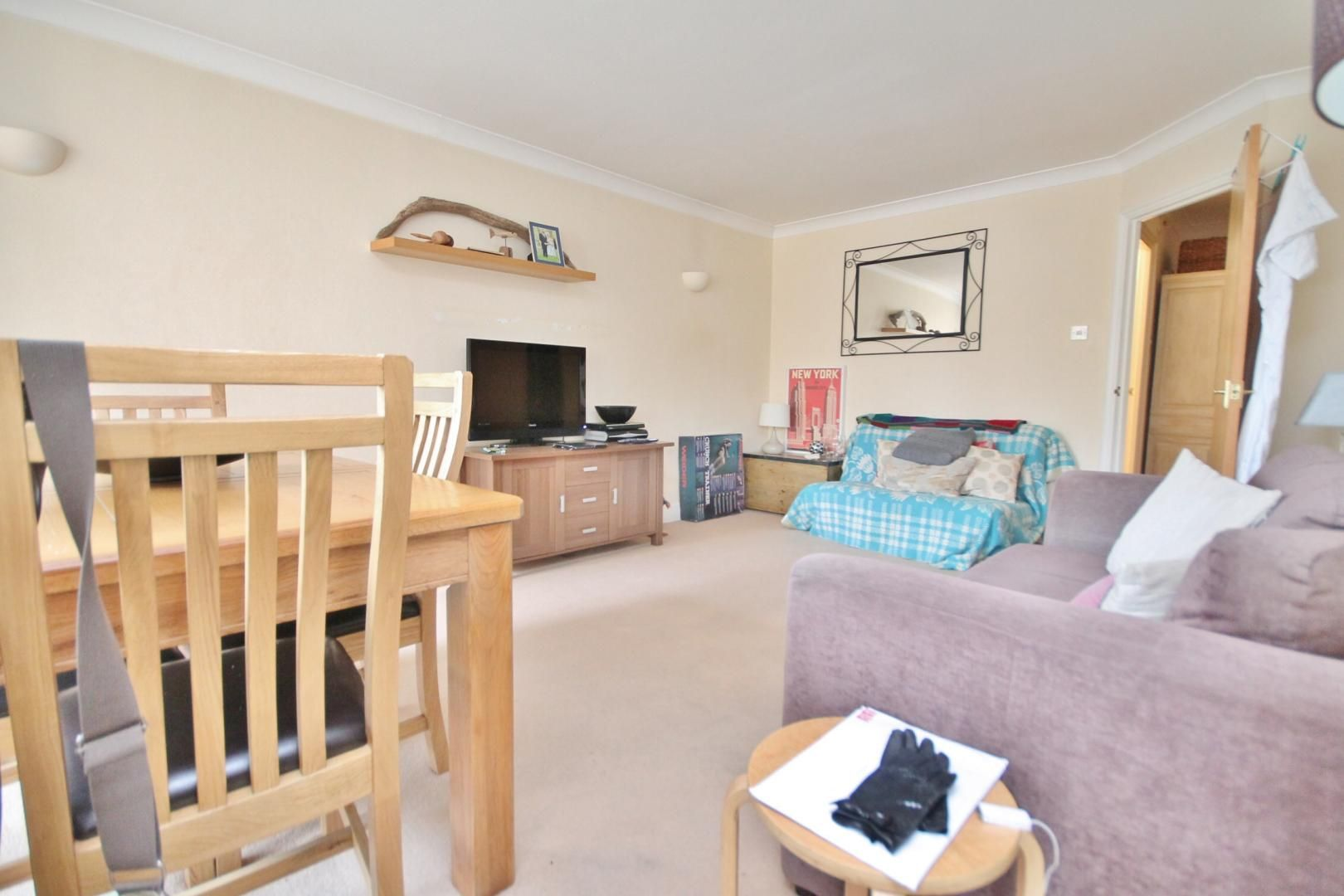 1 bed flat for sale in Burrells Wharf Square  - Property Image 4