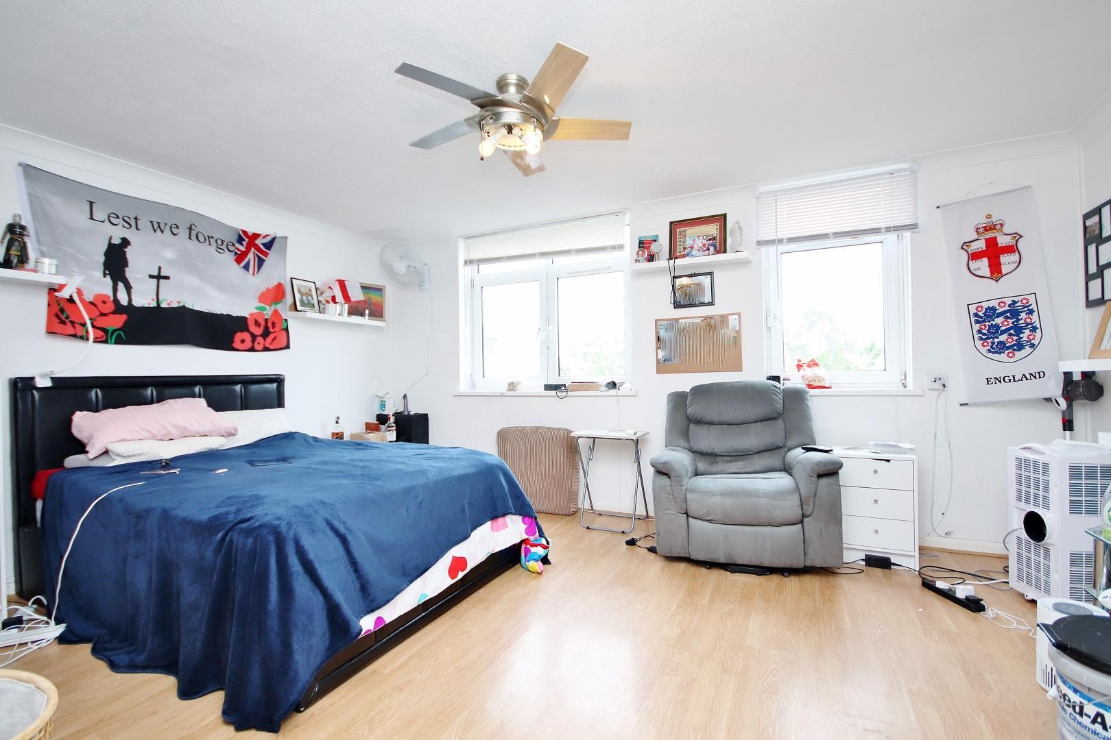 3 bed flat for sale in Stebondale Street  - Property Image 3