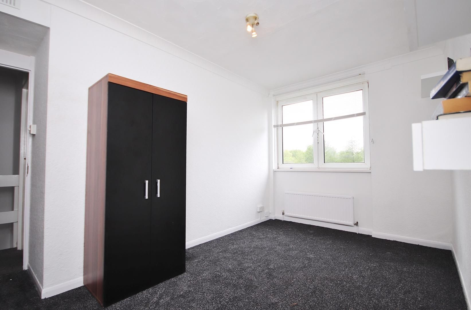 3 bed flat for sale in Stebondale Street  - Property Image 4