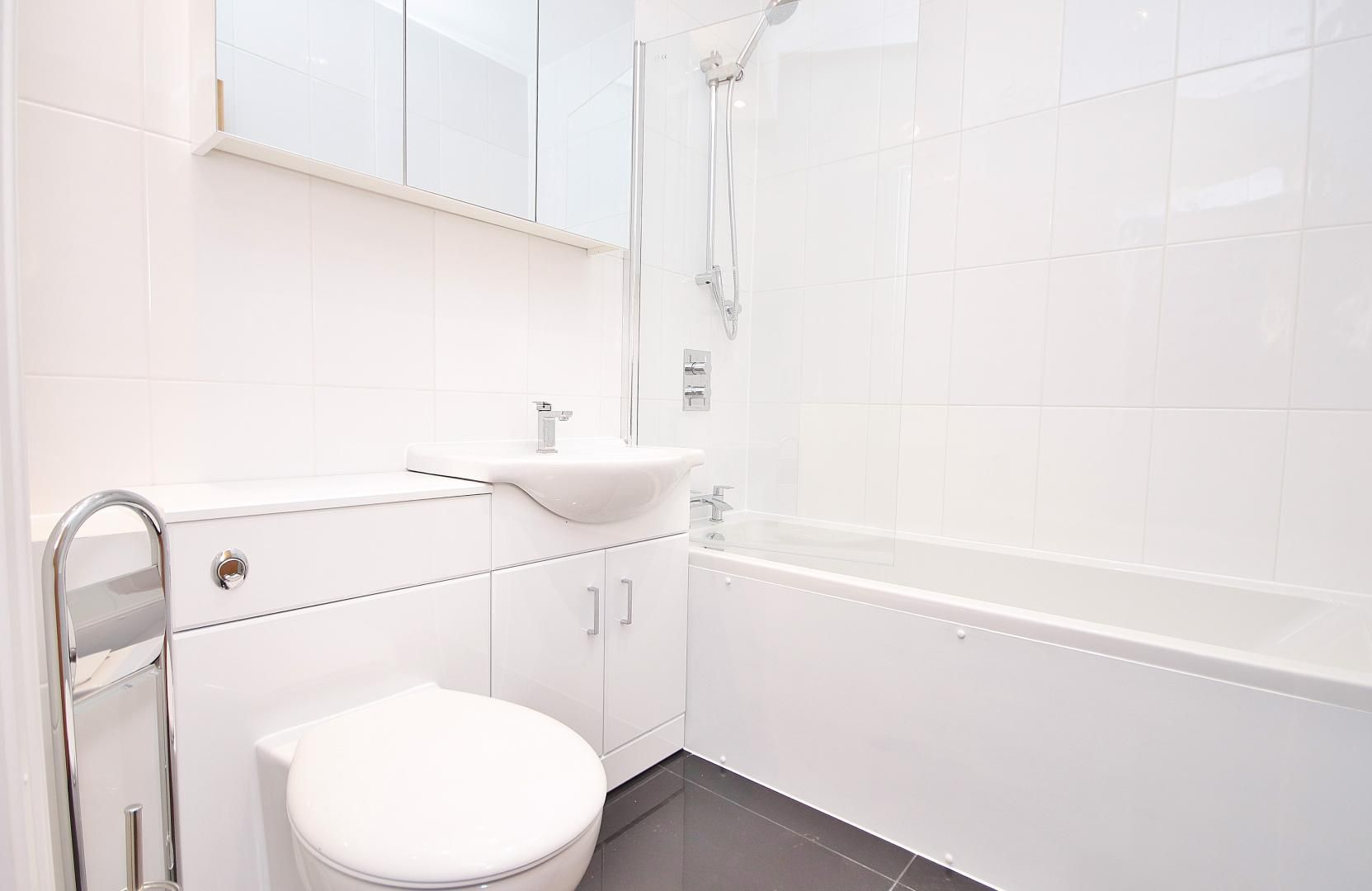 1 bed flat to rent in Aegon House  - Property Image 8