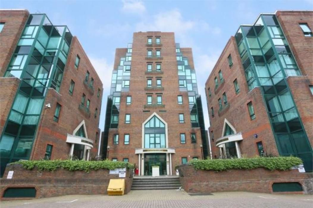 1 bed flat to rent in Aegon House  - Property Image 9