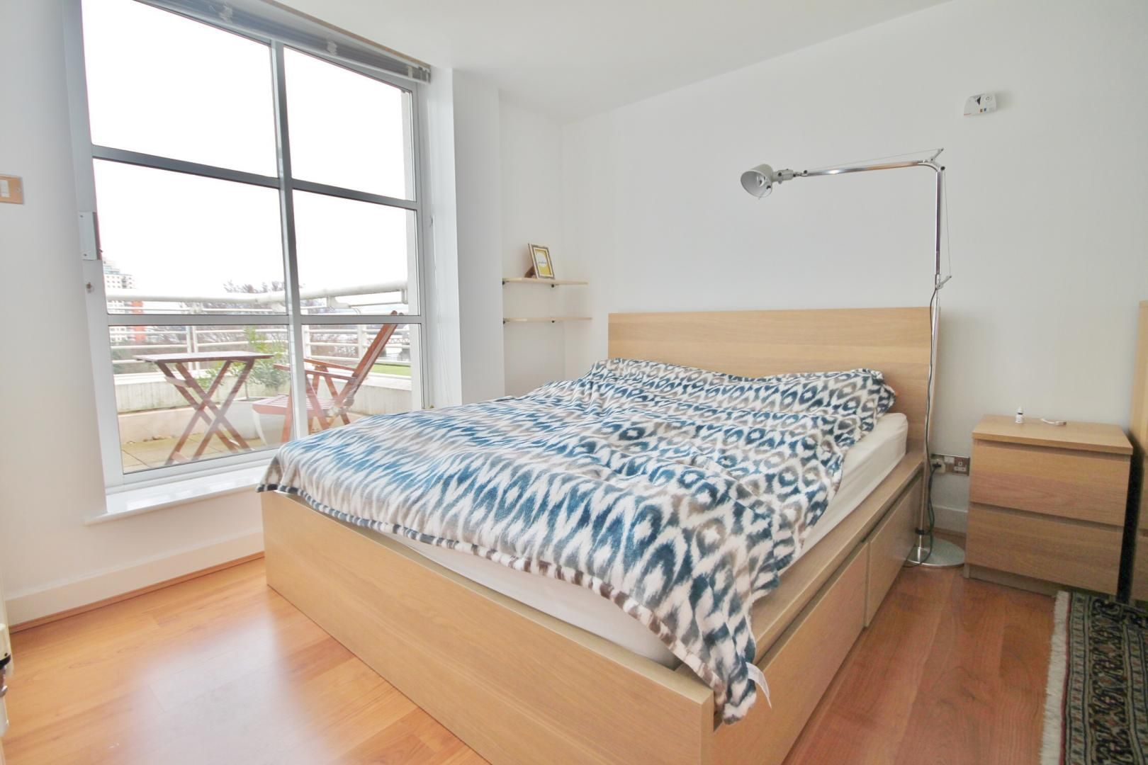 1 bed flat for sale in Barrier Point  - Property Image 2
