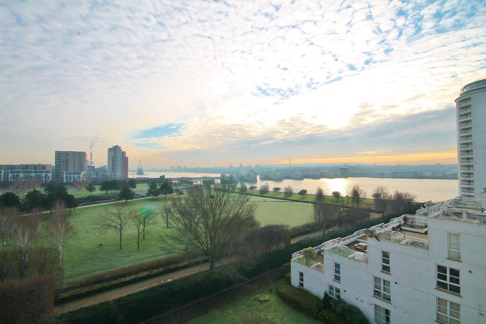 1 bed flat for sale in Barrier Point  - Property Image 8