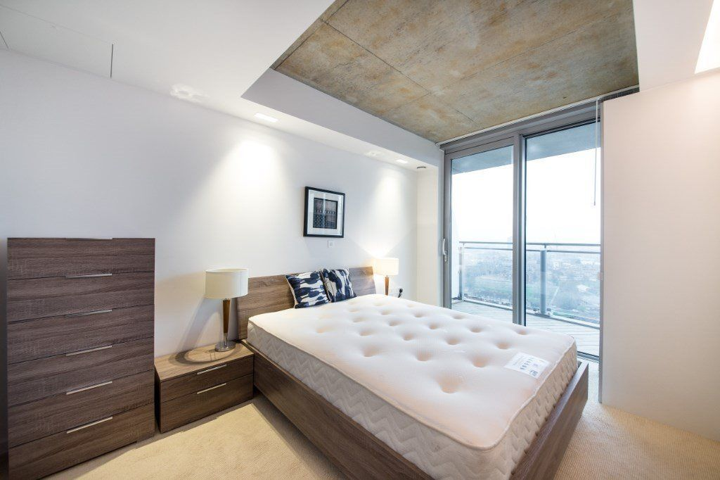 3 bed flat for sale in Hoola Tower West  - Property Image 4