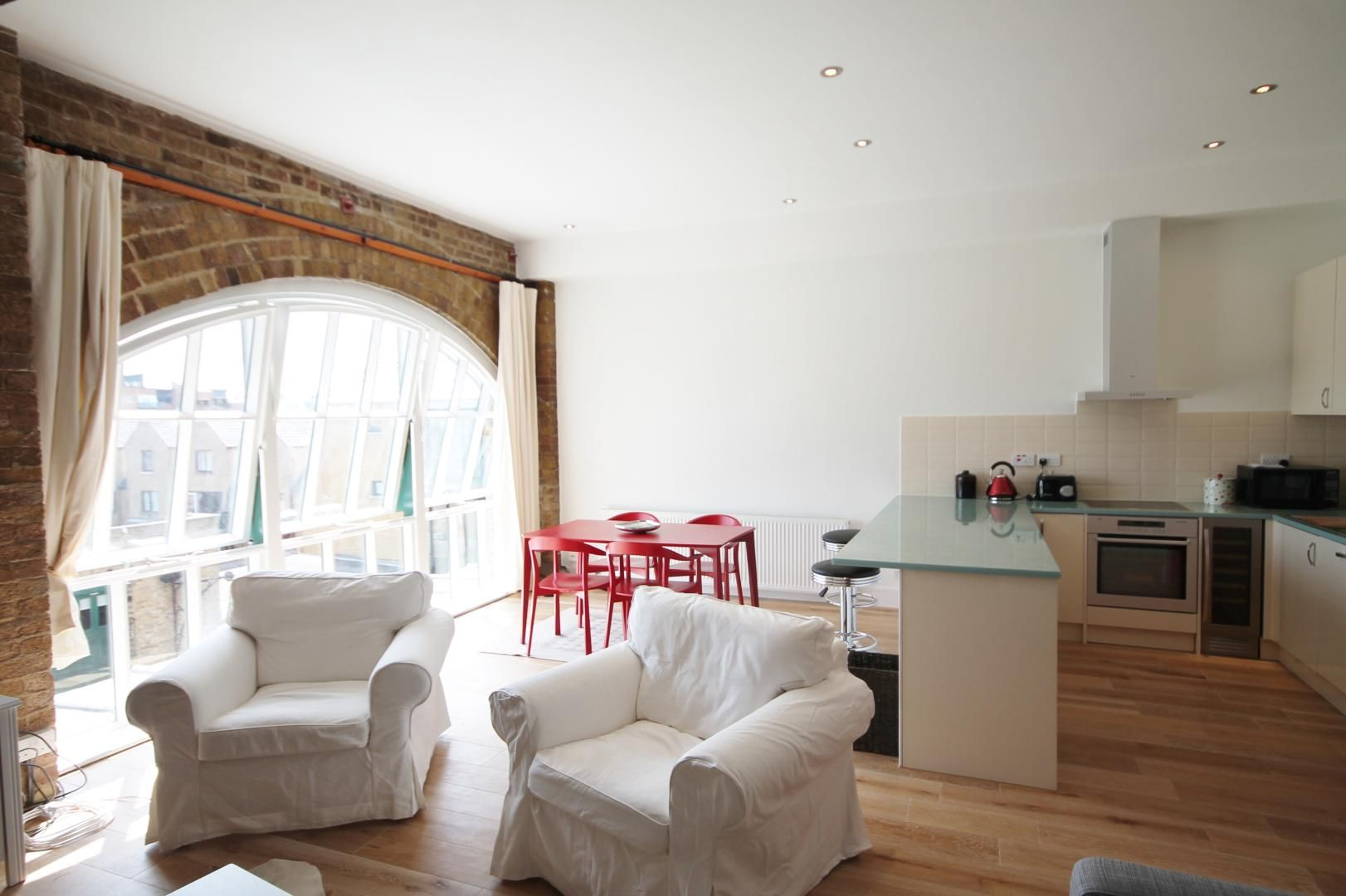 1 bed flat for sale in Plate House  - Property Image 6