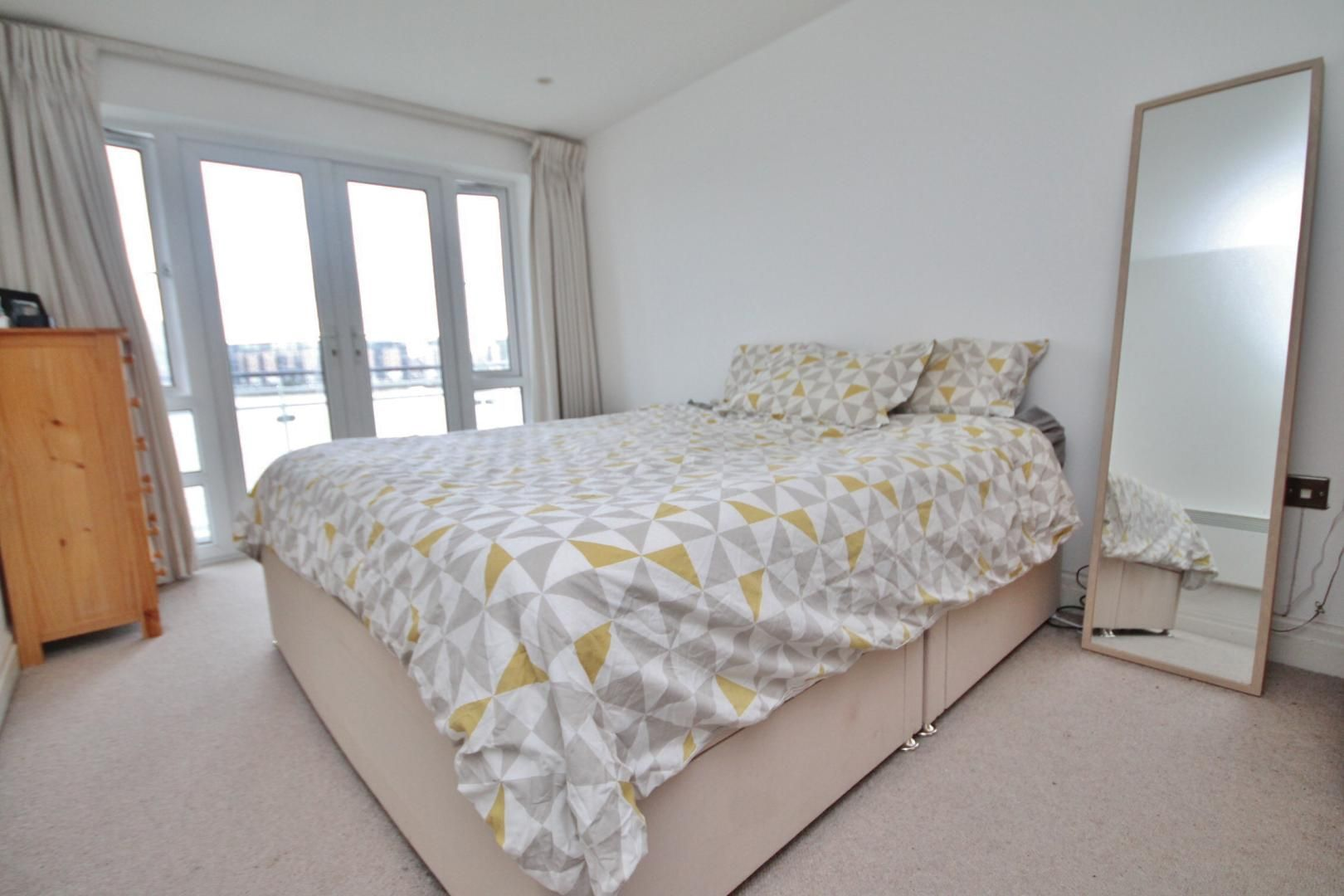 3 bed flat to rent in Kirklands House  - Property Image 4