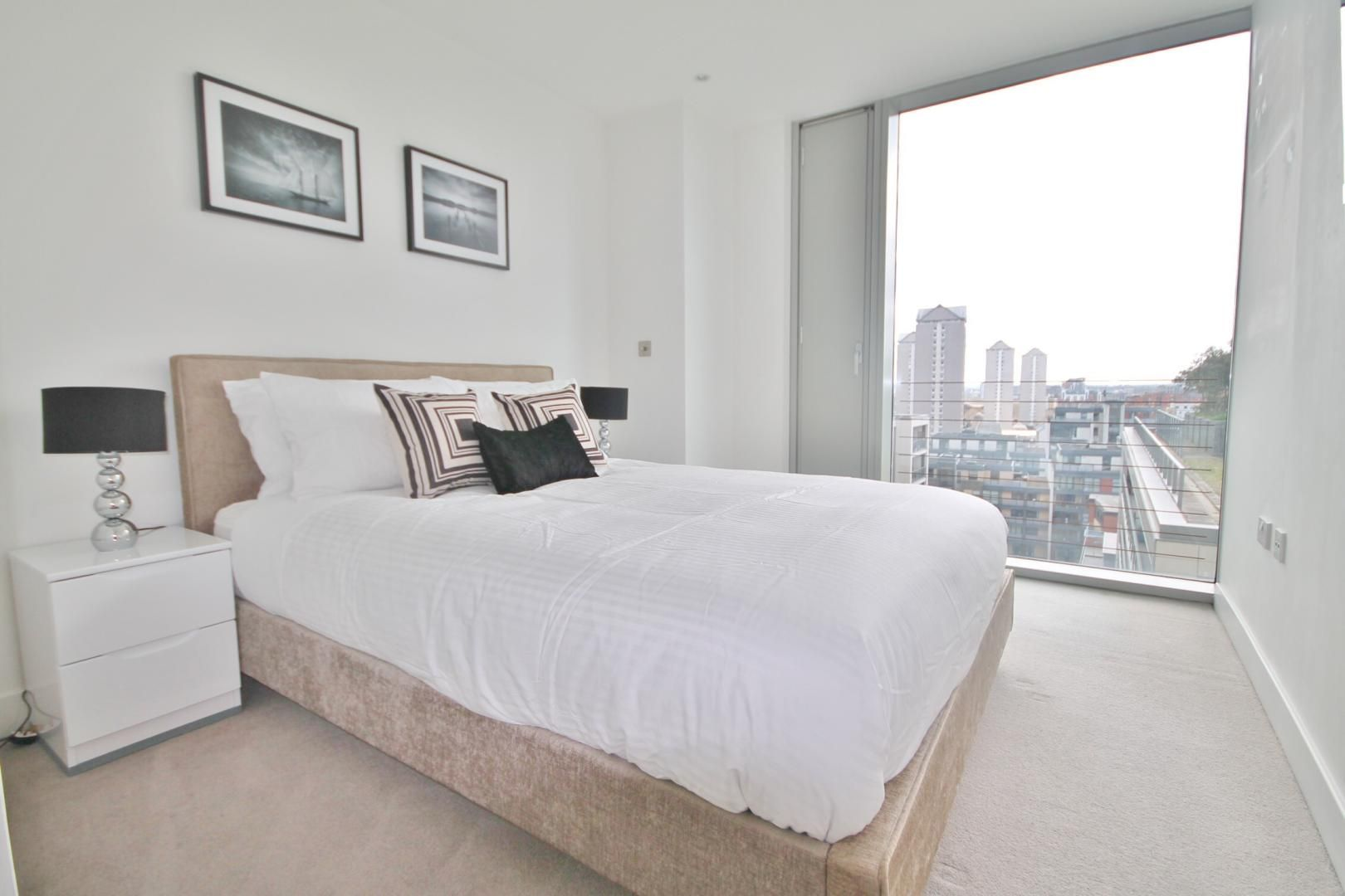 1 bed flat to rent in Marsh Wall  - Property Image 3