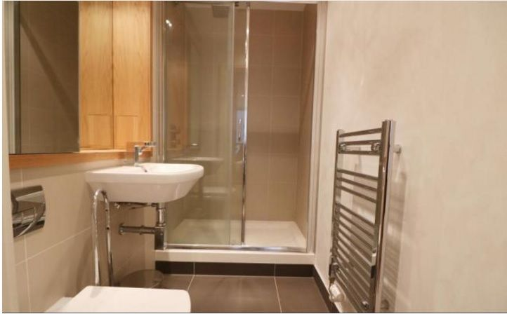 2 bed flat to rent in Admiral Tower  - Property Image 8