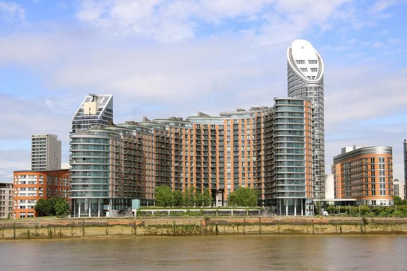 1 bed flat to rent in New Providence Wharf, E14