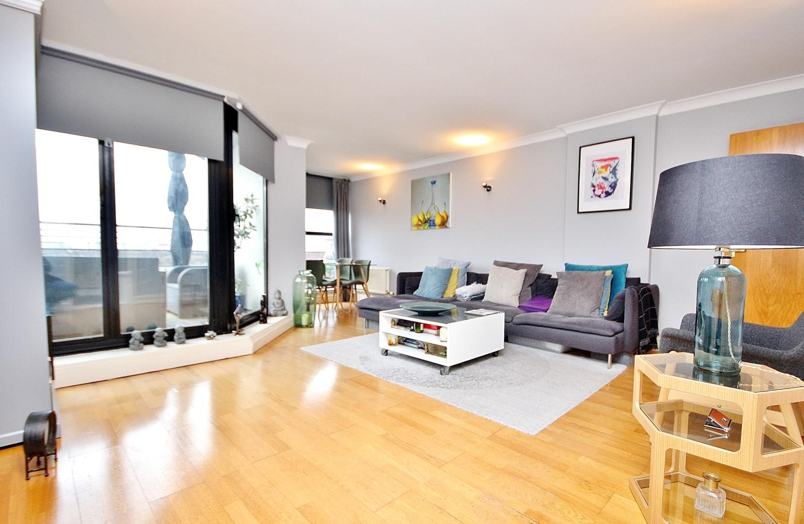 2 bed flat to rent in Wheel House  - Property Image 1