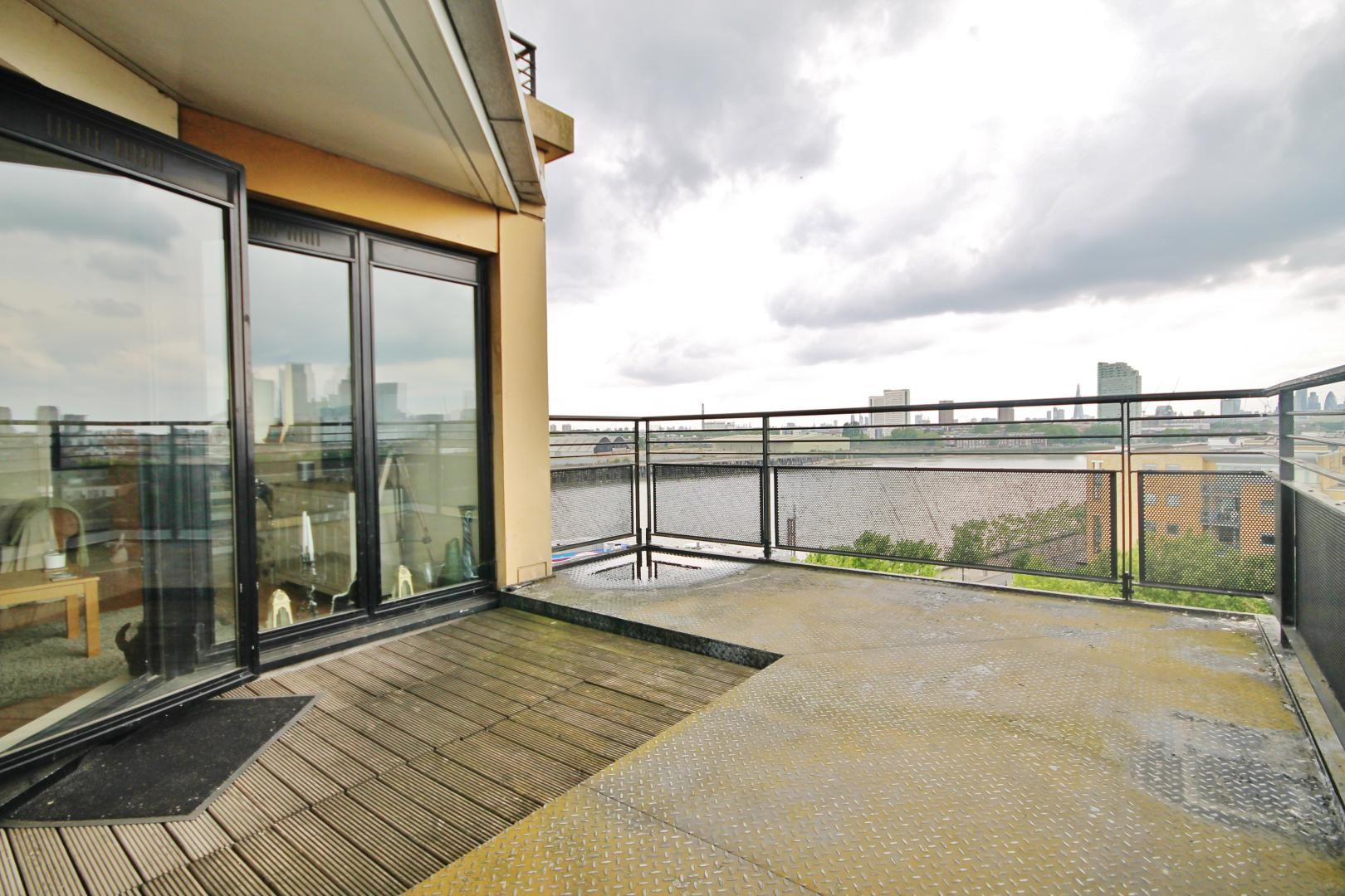 2 bed flat to rent in Wheel House  - Property Image 8