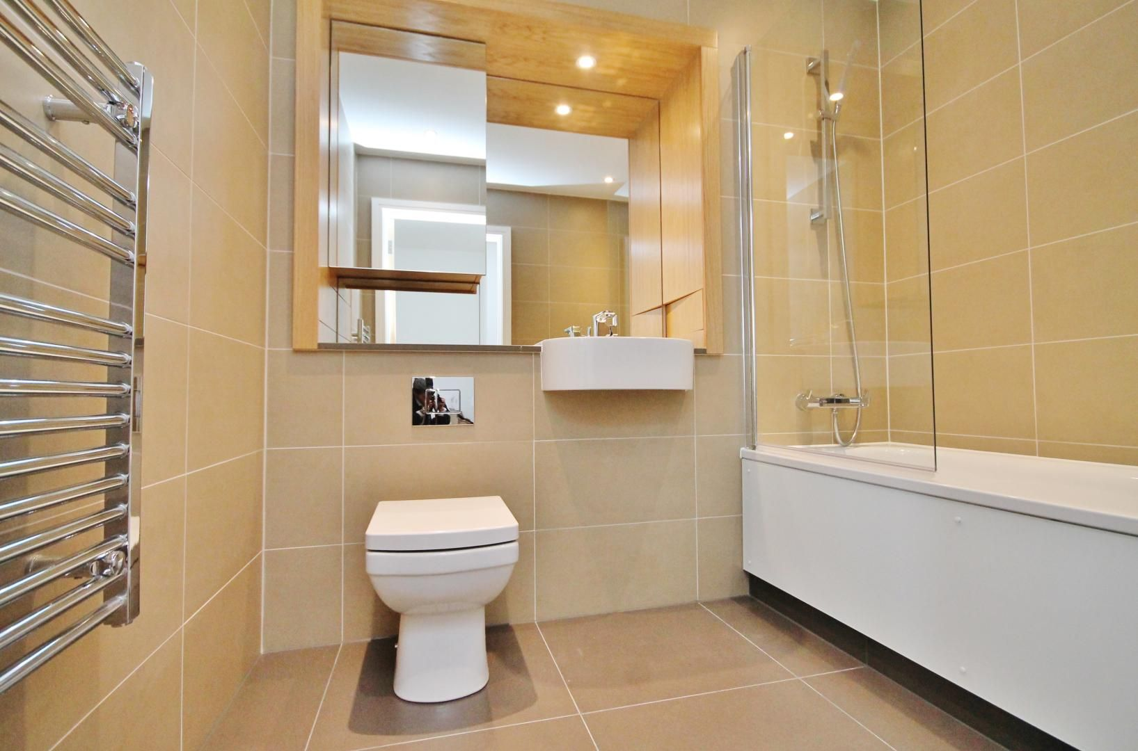 1 bed  for sale in Centurion Tower  - Property Image 6
