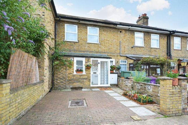 4 bed house for sale in Parsonage Street  - Property Image 2