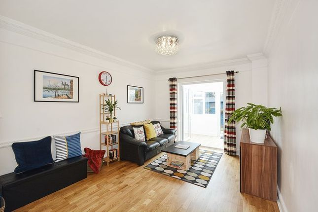 4 bed house for sale in Parsonage Street  - Property Image 3