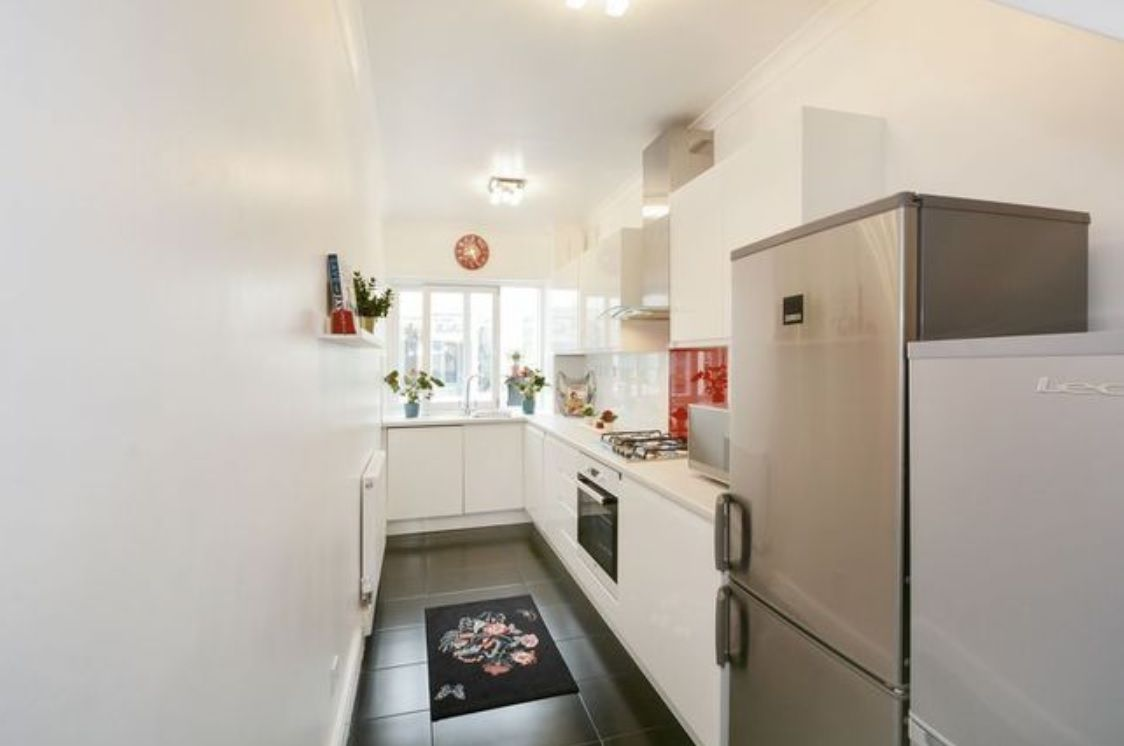 4 bed house for sale in Parsonage Street  - Property Image 5