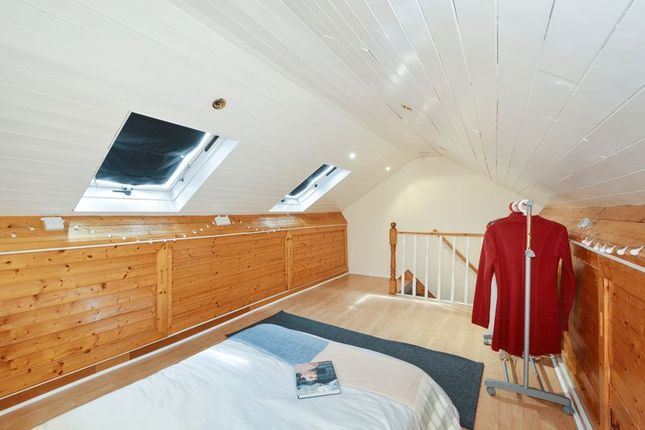4 bed house for sale in Parsonage Street  - Property Image 6