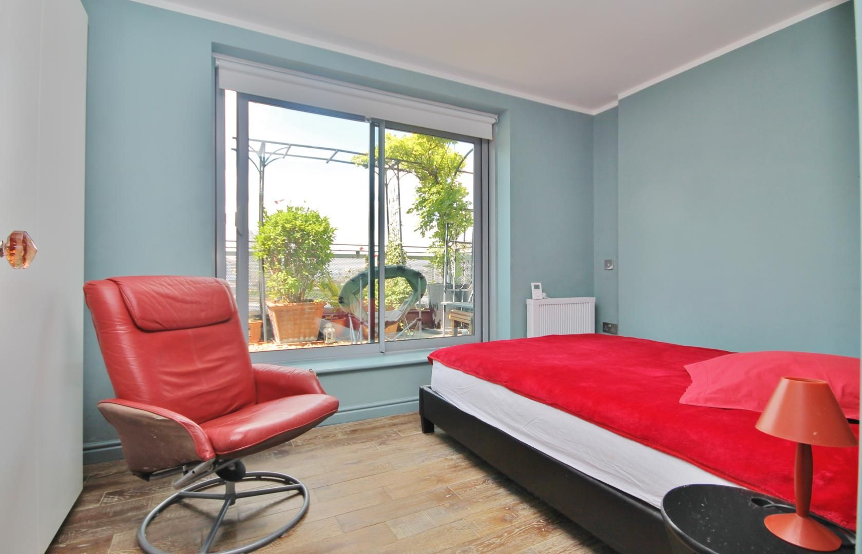 2 bed flat to rent in Newport Avenue  - Property Image 6