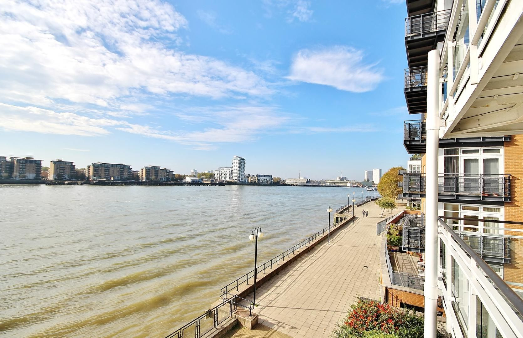3 bed flat for sale in Kirklands House, E14
