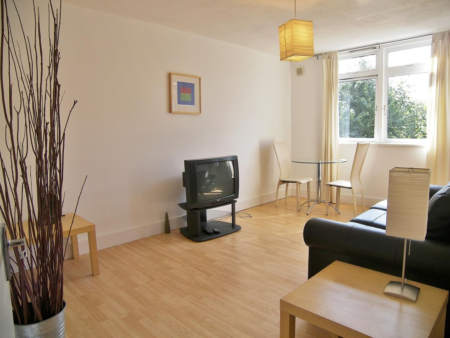 1 bed flat to rent in Castleton House  - Property Image 3