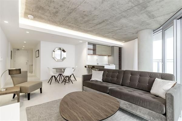 2 bed flat for sale in Hoola Tower West  - Property Image 2