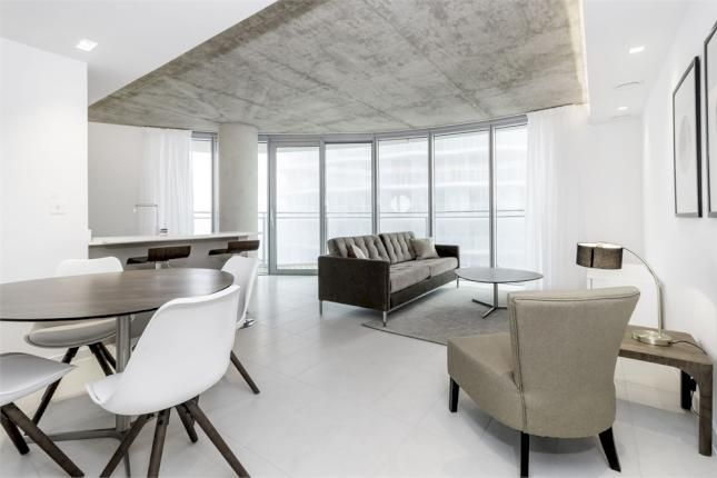 2 bed flat for sale in Hoola Tower West  - Property Image 3