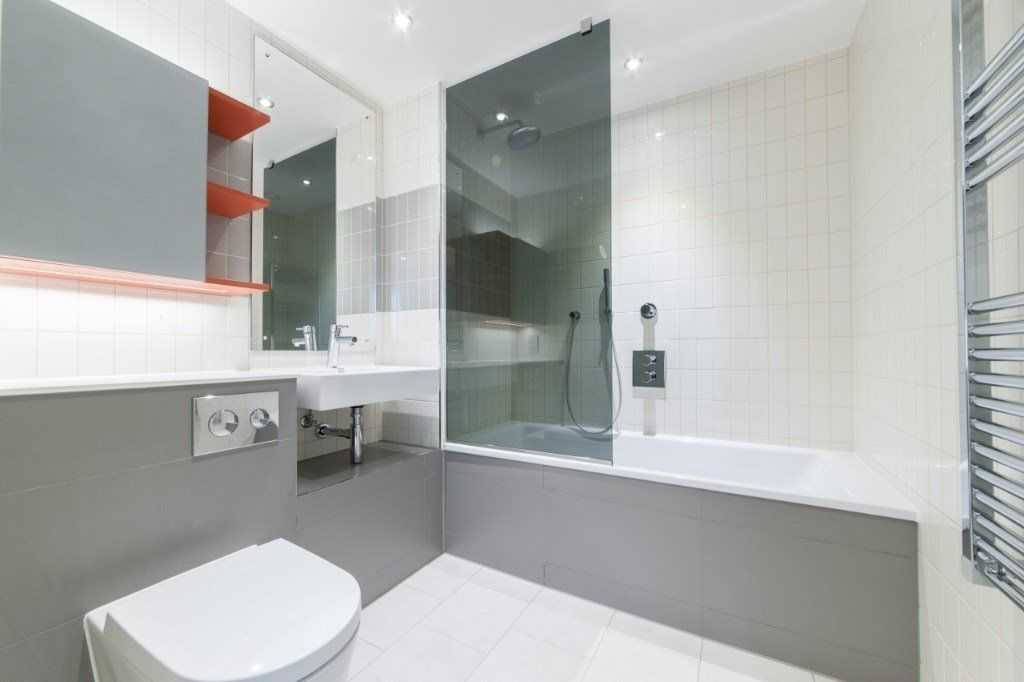 2 bed flat for sale in East Tower Hoola  - Property Image 6