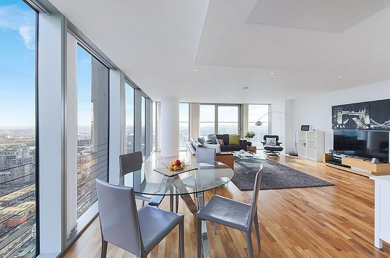 3 bed flat to rent in Landmark West Tower  - Property Image 4