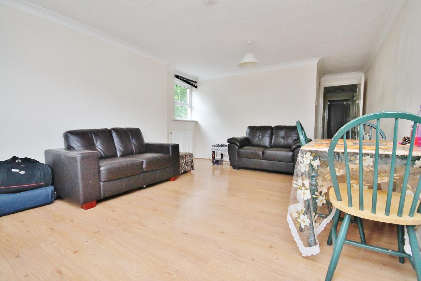 2 bed flat to rent in Fawley Lodge, E14
