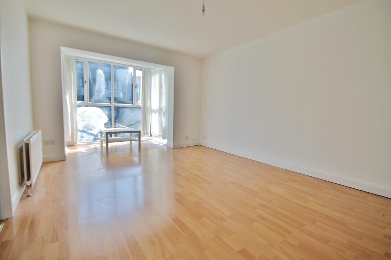 3 bed flat to rent in Bridge House Quay  - Property Image 2