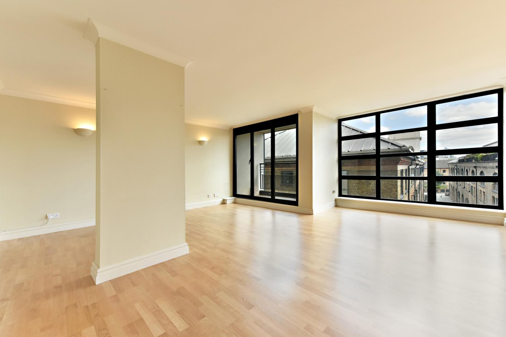 2 bed flat for sale in Wheel House - Property Image 1