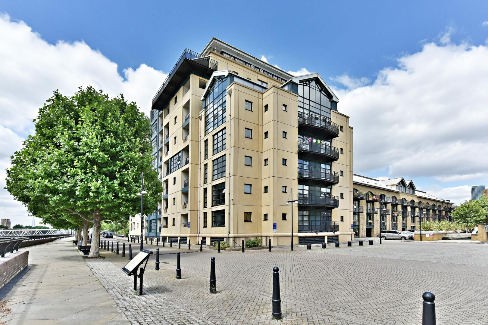 2 bed flat for sale in Wheel House  - Property Image 8