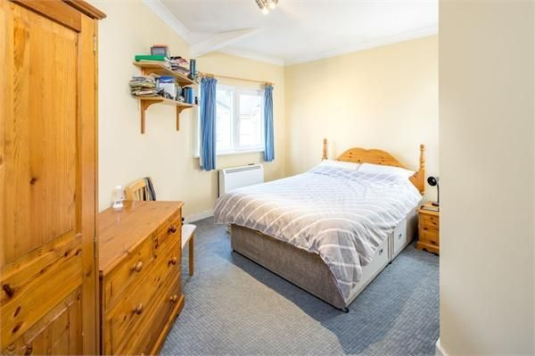 2 bed flat for sale in Westferry Road  - Property Image 3