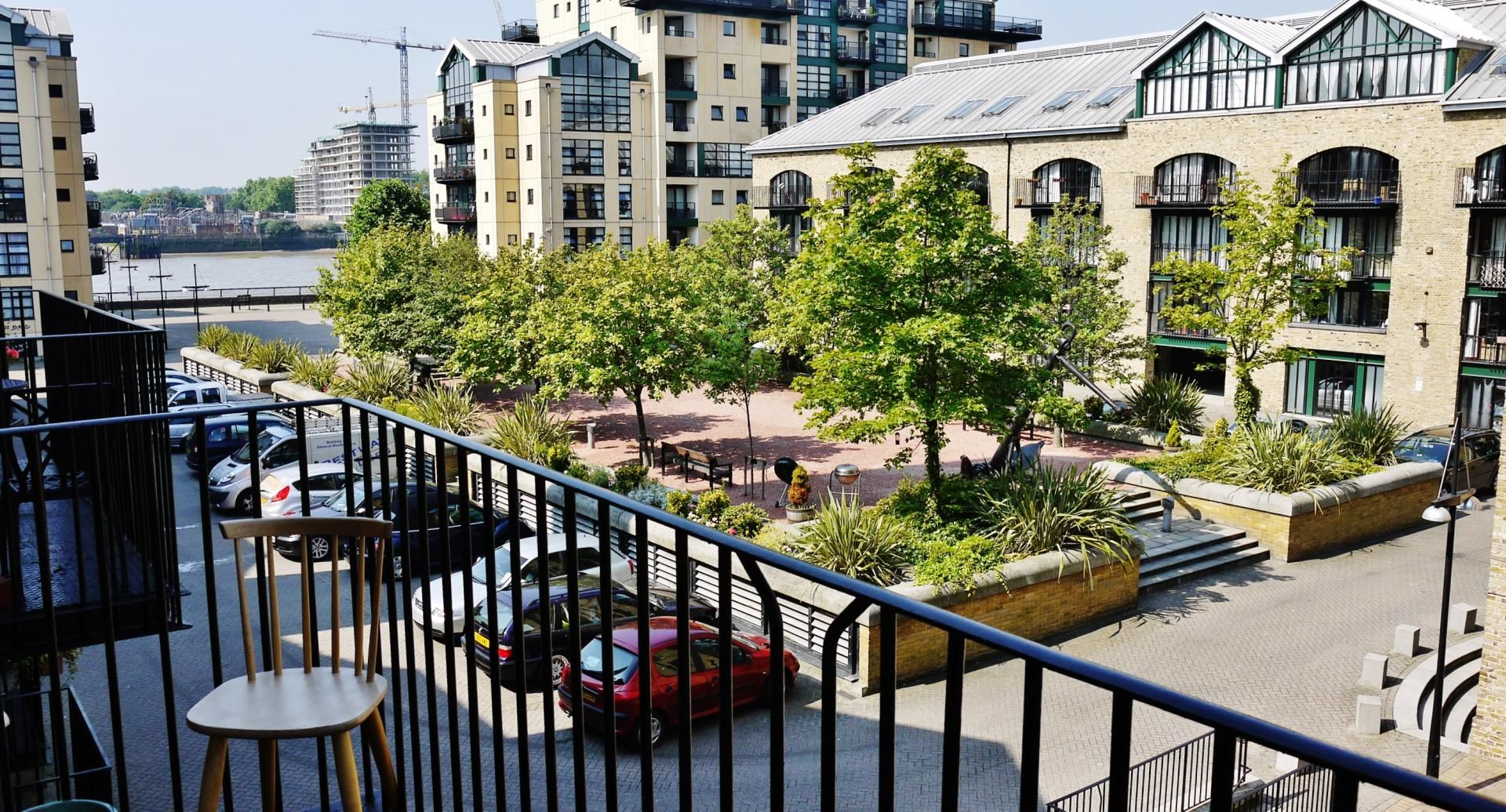 2 bed flat for sale in Beacon House  - Property Image 1