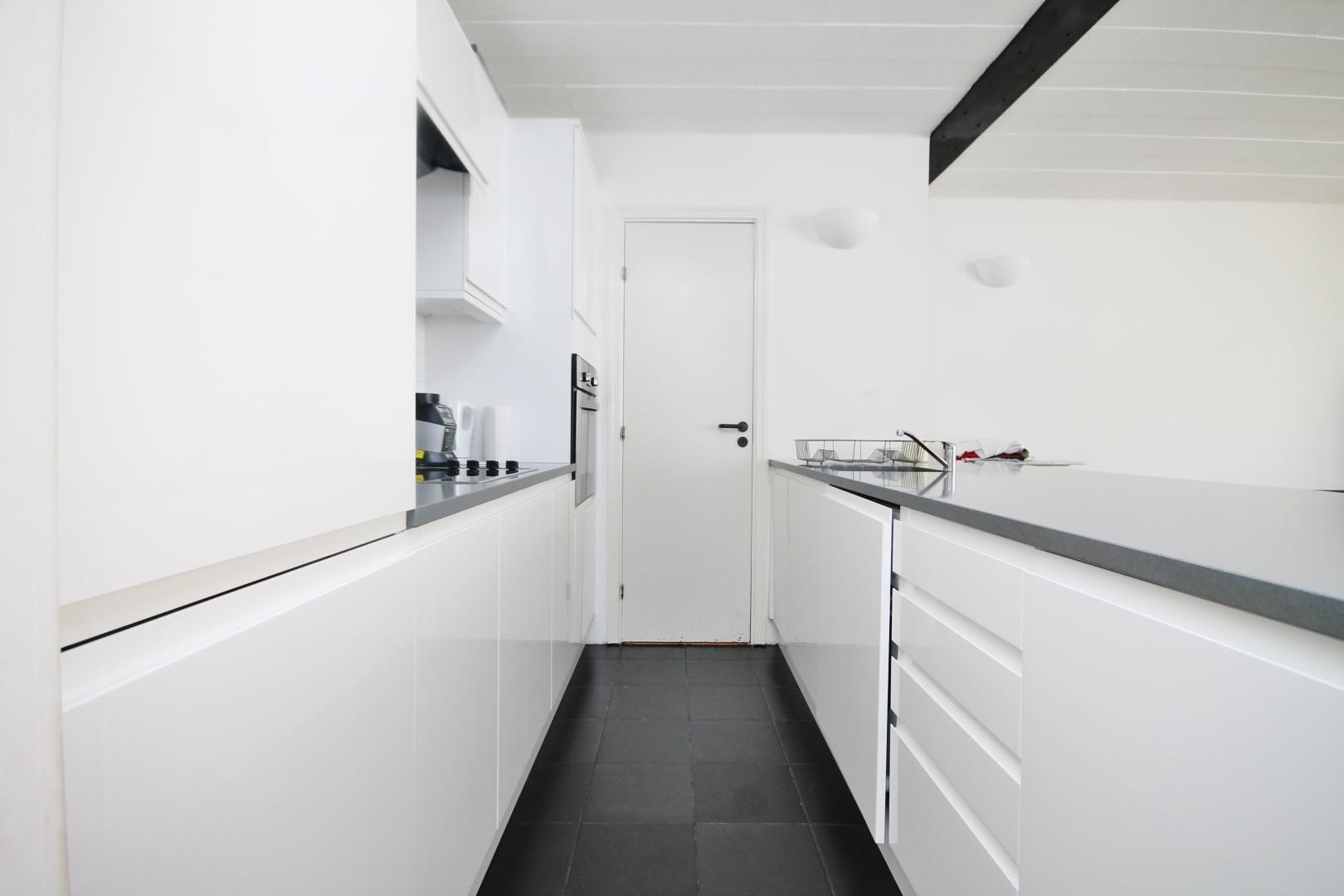 2 bed flat for sale in Beacon House  - Property Image 3
