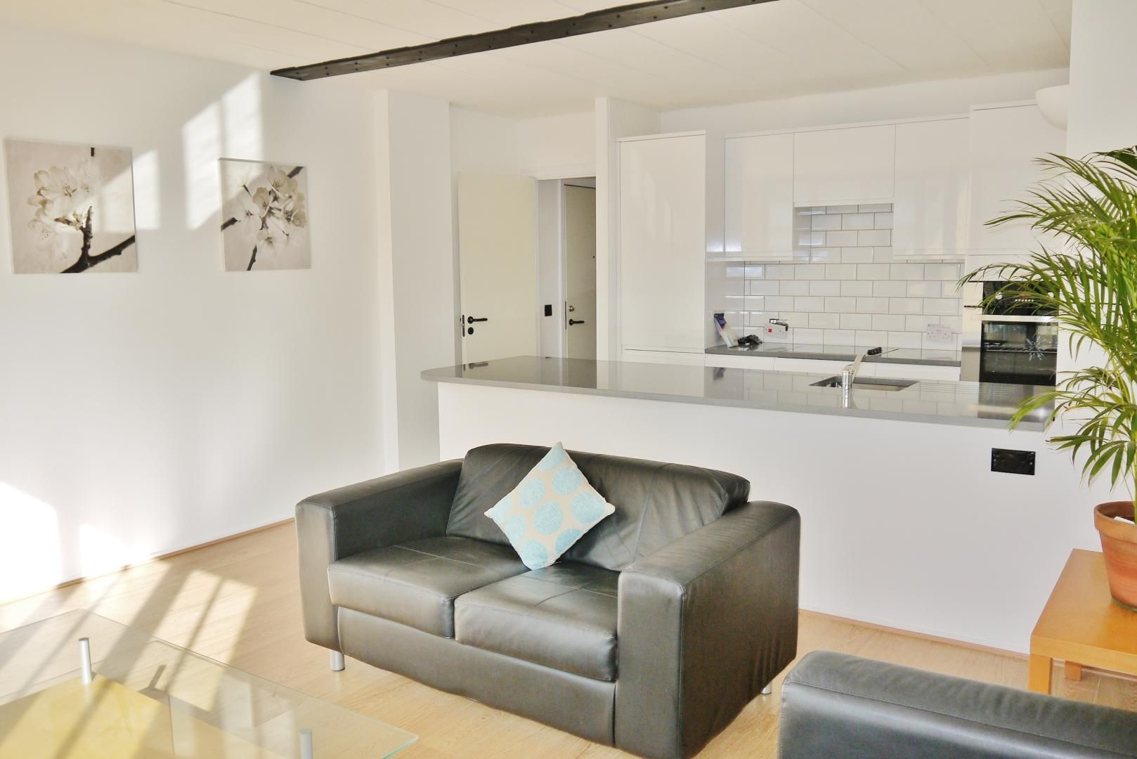 2 bed flat for sale in Beacon House  - Property Image 4