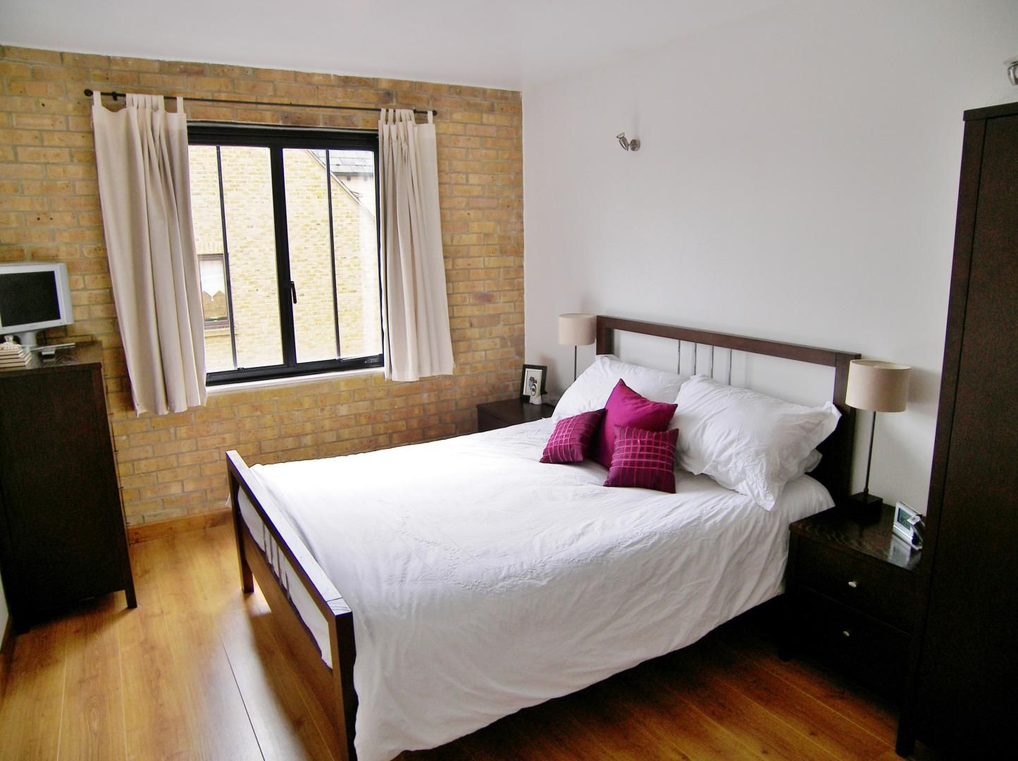 2 bed flat for sale in Beacon House  - Property Image 6