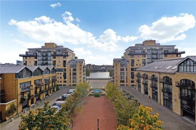 2 bed flat for sale in Beacon House  - Property Image 9