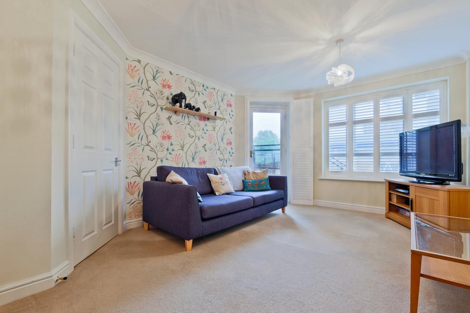 2 bed flat for sale in Galleons View  - Property Image 3