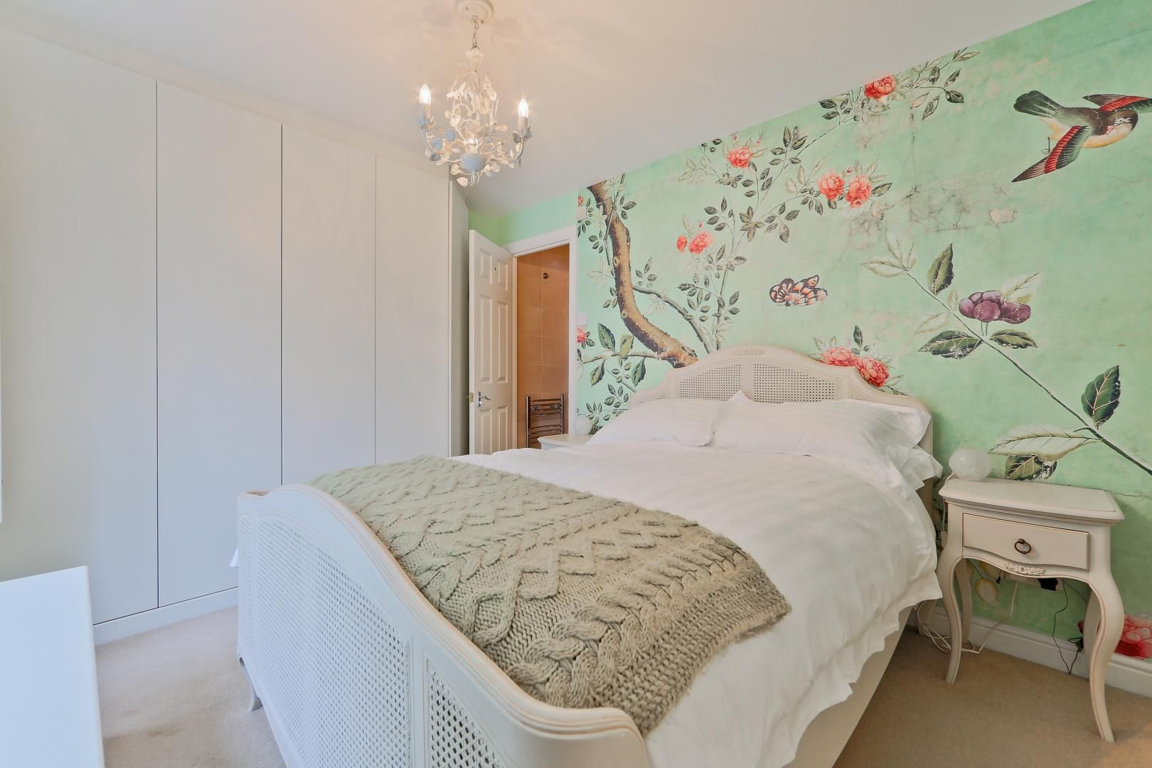 2 bed flat for sale in Galleons View  - Property Image 4