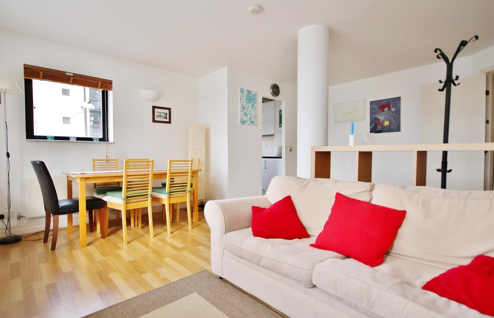 2 bed flat to rent in 6 Burrells Wharf Square, E14