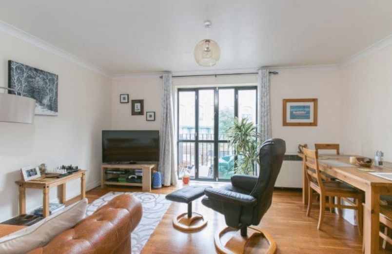 to rent in Brunel House  - Property Image 2