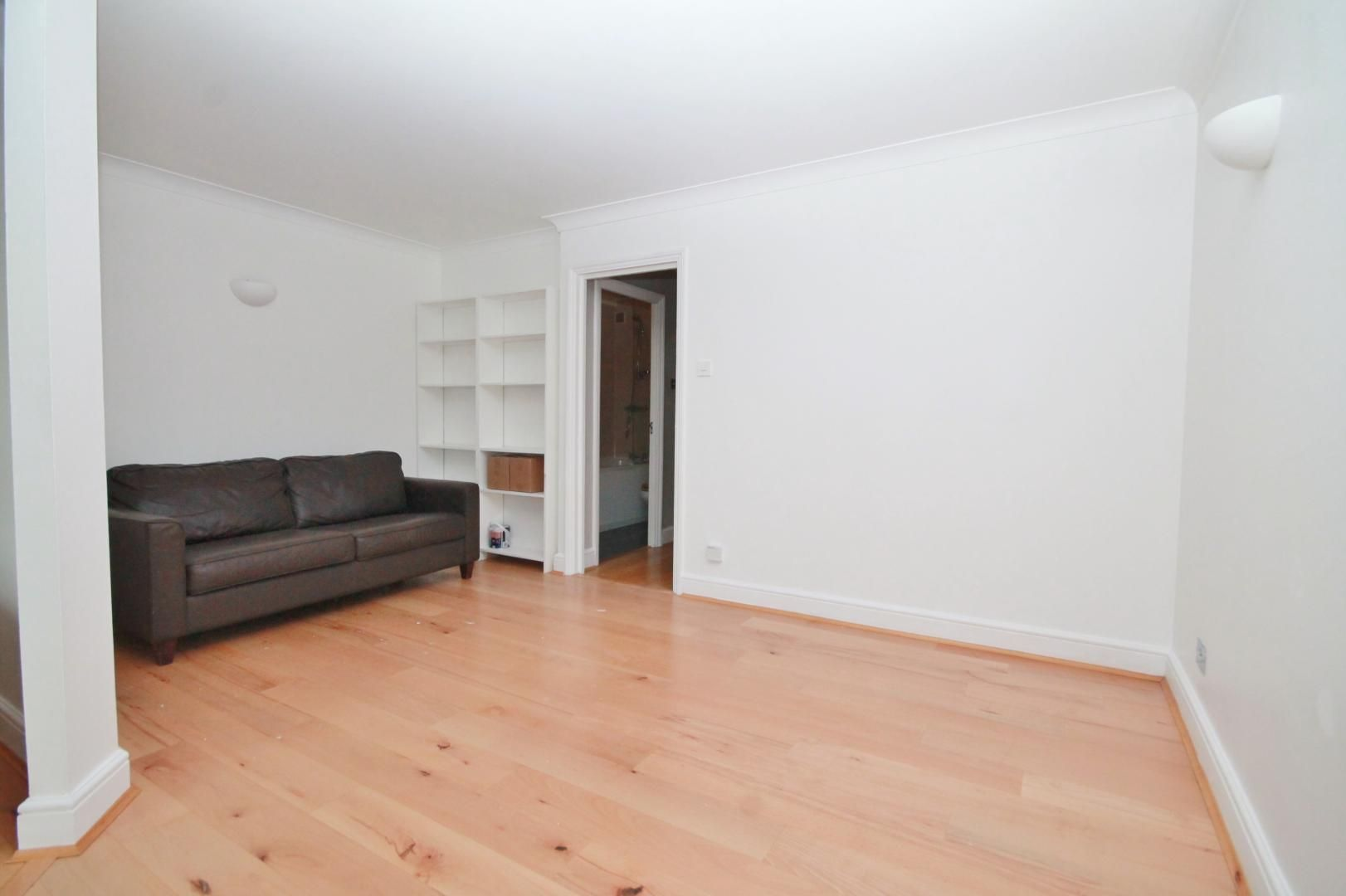 1 bed flat for sale in Wheel House  - Property Image 7