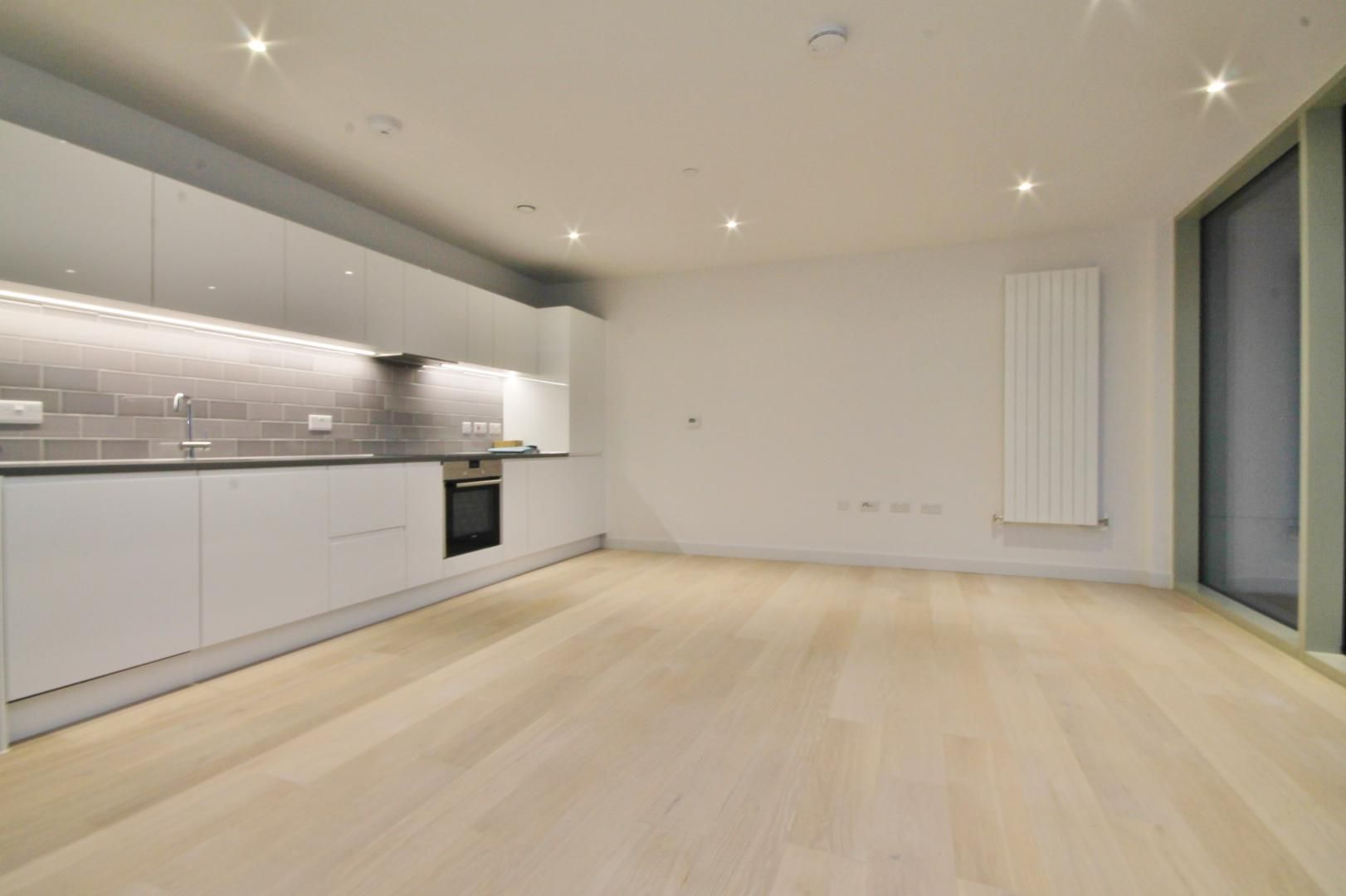 2 bed flat to rent in Corsair House  - Property Image 5