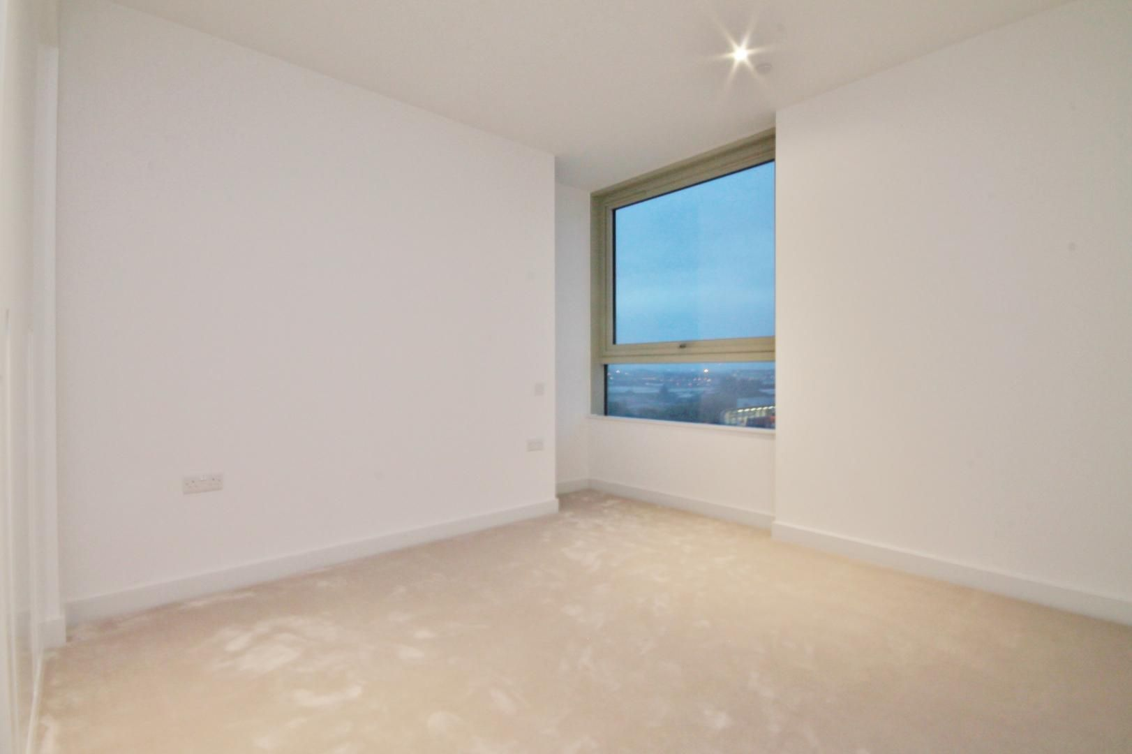 2 bed flat to rent in Corsair House  - Property Image 6