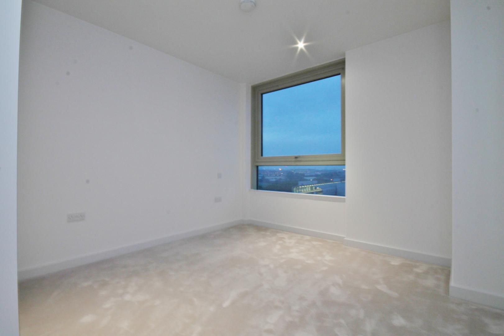 2 bed flat to rent in Corsair House  - Property Image 10