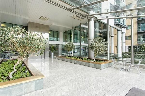 2 bed flat for sale in Millharbour  - Property Image 11