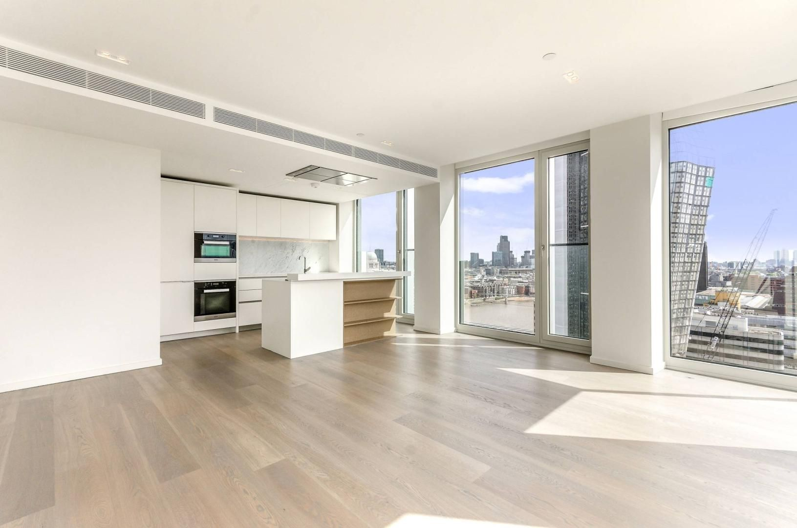 2 bed flat to rent in South Bank Tower  - Property Image 2