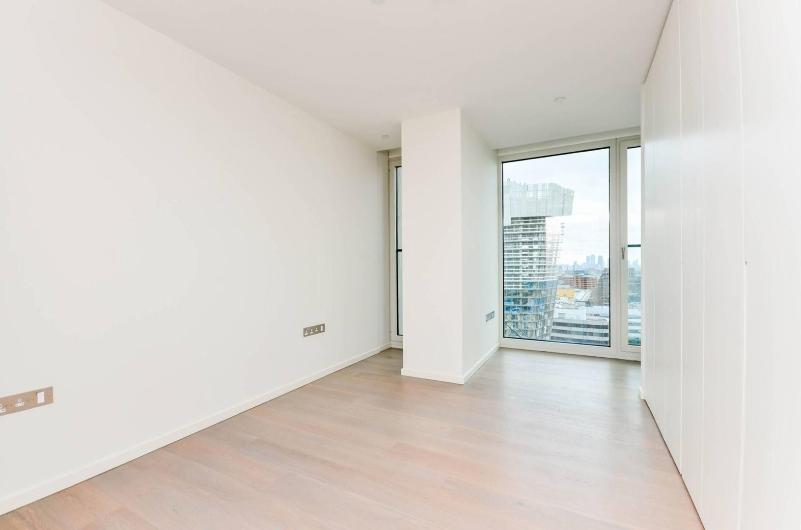 2 bed flat to rent in South Bank Tower  - Property Image 12